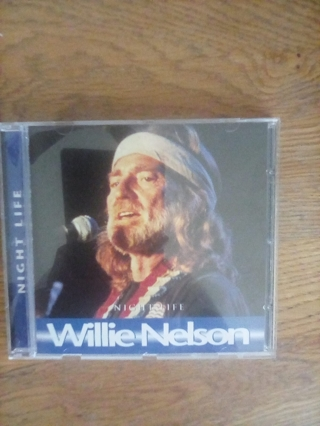NEVER USED WILLIE NELSON ( NIGHT LIFE)