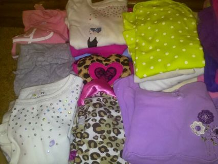 HUGE 70 ++ Piece Girls Summer Fall Winter Play Clothing Lot Low GIN and FREE SHIP!!!