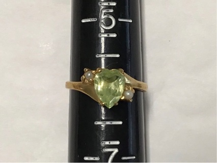 14KT size 6 ring with green heart stone and pearls
