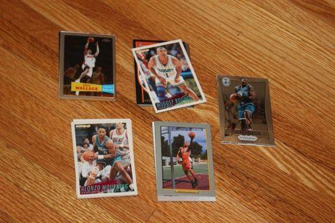 *34 Charlotte Hornets Bobcats NBA Basketball Cards STARS! Mourning Bogues Johnson