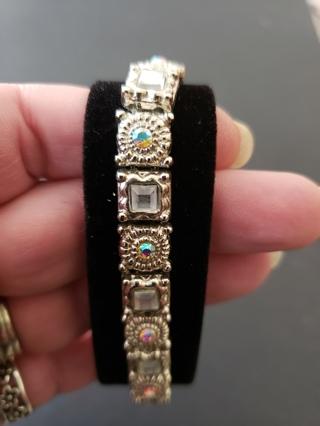 Crystals & MOP? Stretch Bracelet