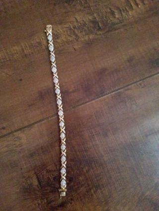 Beautiful 925 and diamond accent tennis bracelet