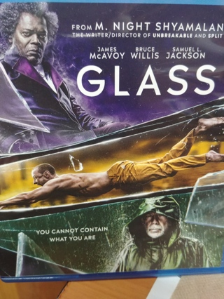 GLASS   (2019 RELEASE) GREAT MOVIE