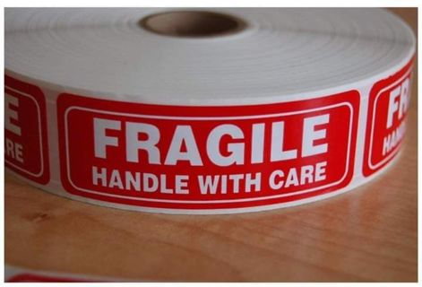 "✔ BRAND NEW ~ 1 ROLL OF 1000 "" FRAGILE HANDLE WITH CARE STICKERS ✔"