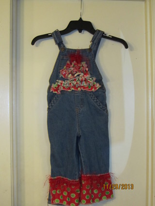 CHRISTMAS OUTFITS/Toddler Size 2T ~SUPER CUTE
