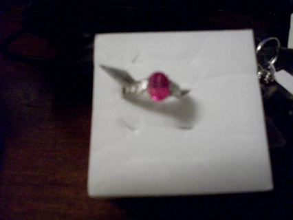 Pretty  simulated pink dimond Ring nwt