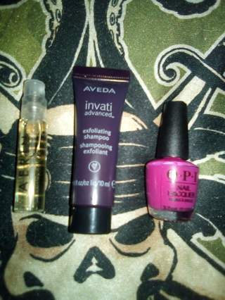 3pc Makeup & Beauty Auction * GIN BONUS ITEM*