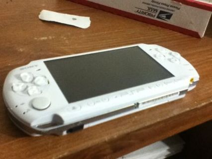 Pearl White Psp 3000
