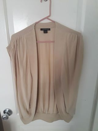 Women sleeveless sweater (L)