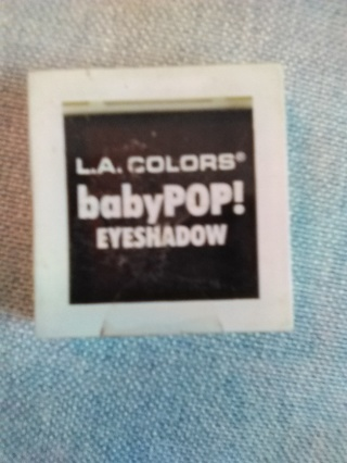 L. A. COLORS  babyPOP!  EYESHADOW -- NEW!!