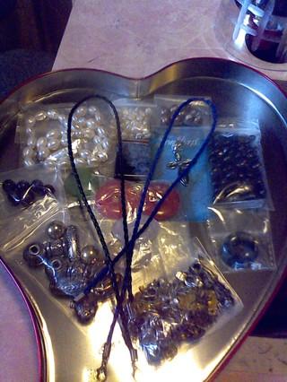 Lot Of Gemstone Beads,Plus! Very Nice Gift W/Gin