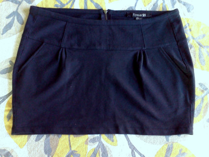 FOREVER 21 mini skirt! GREAT condition SIZE L:)