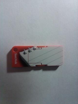SanDisk Cruzer Pop 8 GB USB Flash Drive