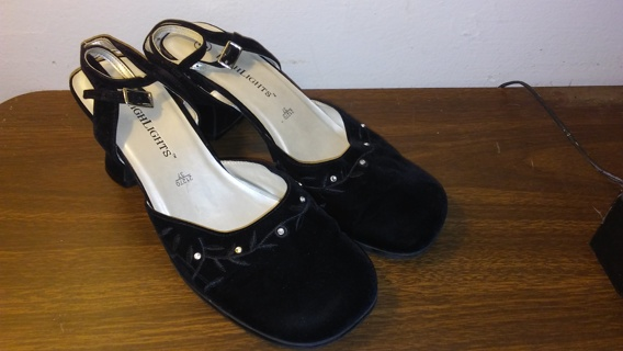 Highlights Womens Shoes Size 8