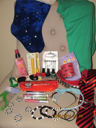 ★☺✌ Overflowing Teen Stocking! Over 25 items! ★☺✌ GIN BONUS & FREE SHIPPING