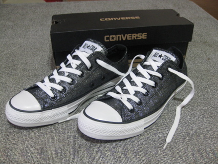 b78fc17aadd4 CONVERSE Chuck Taylor All Star Sparkle Shoes Black BRAND NEW Womens Size 6