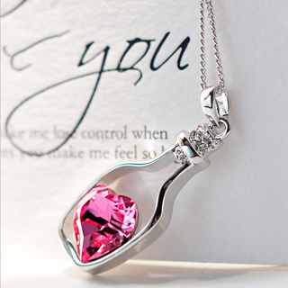 Bottle Drifting Crystal Heart Necklace