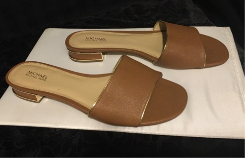 Michael Kors Slide On Sandals Size 8M In Tan