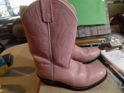 Childs size 13 pink leather cowgirl boots
