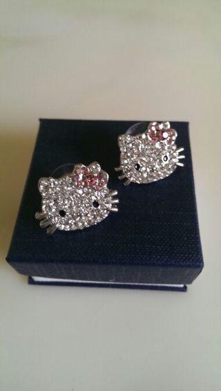 Brand New Beautiful Hello Kitty Diamond Stud Earrings