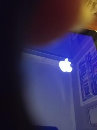 Apple iPad 2 MC980LL/A 9.7-Inch 32GB