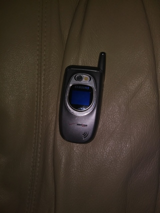 Samsung Verizon Cellular Flip Phone