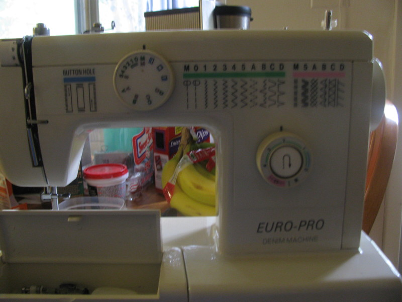 Free EuroPro 40DX Mechanical Sewing Machine Sewing Listia Beauteous How To Thread Euro Pro Sewing Machine