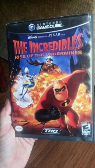 THE INCREDIBLES NINTENDO GAMECUBE RISE OF THE UNDERMINER GAME - NO MANUAL