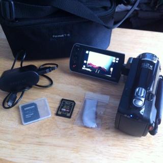 Samsung hmx-F90 hd digital camera
