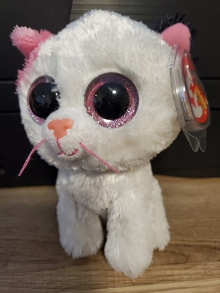 """NEW - TY Beanie Boos Baby - """"Muffin"""""""