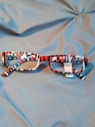 Reading Glasses --  2.00 Lens -- Red, Black & White Leopard Design -- Excellent Condition!!