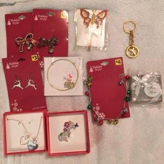 Seasonal costume jewelry-10 pieces