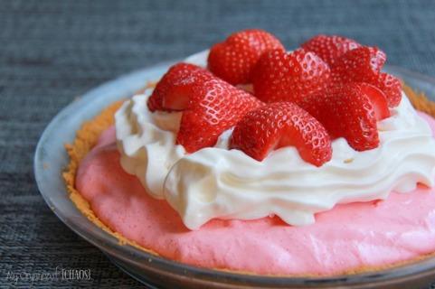 No Bake Strawberry Jello Pie