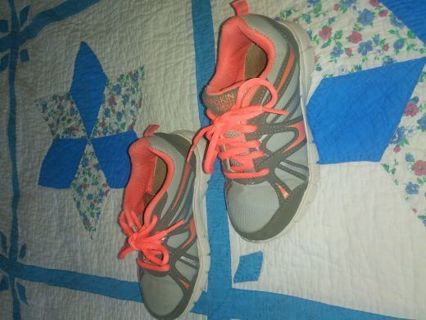 Very cute girls shoes size 12
