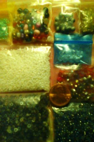 """MY """"GOING BLIND"""" & CAN'T SEE THESE TINY BEADS ANYMORE AUCTION! (#1)"""