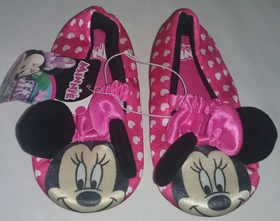 NEW Girl's Minnie Mouse House Shoe Size 7-8