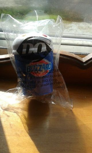 Car antenna topper from dq