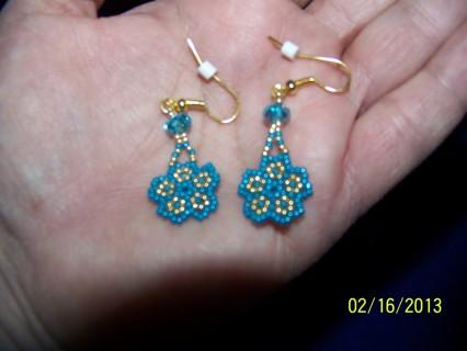 Free Native Alaska Inuit Made Turquoise Beaded Earrings