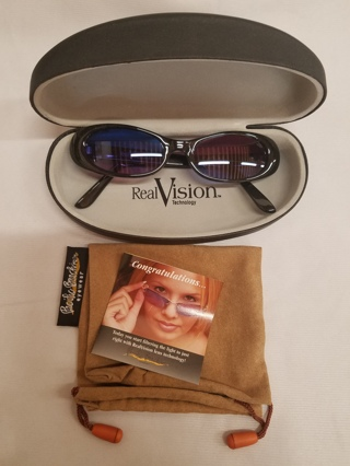 Brand new Pacific Beach Eyewear Black Sunglasses with Real vision Lens Technology eye Protection