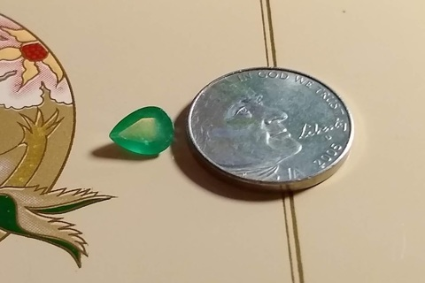 GEMSTONE NATURAL UNTREATED COLOMBIAN EMERALD ONE CARAT PEAR CUT JUST BEAUTIFUL GRAB IT WHILE YOU CAN