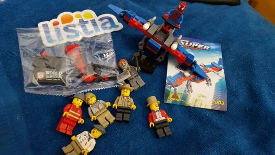 Free: LEGO STYLE MINIFIGURES □SUPERHEROES AND TOWNSPEOPLE □W