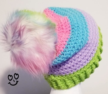 CROCHET BEANIE/HAT SIZE 6/7/8 YEAR OLD