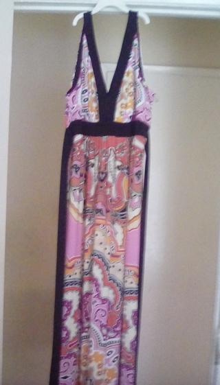 NWT SIZE 16 LADIES LOUNGE DRESS
