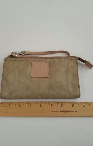 Coach Wristlet signature khaki pink inside liner Large size very nice
