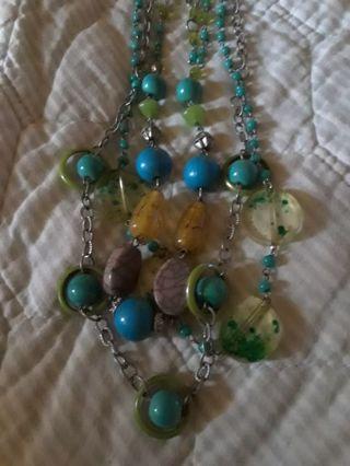 》》 Vintage Acrylic Necklace 《《