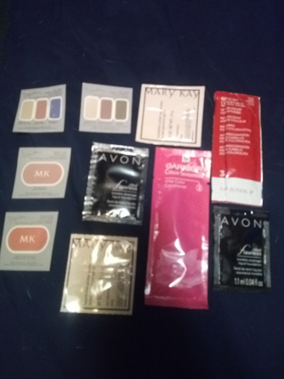 10pc Makeup & Facial Sample Lot (samples/pictures current)