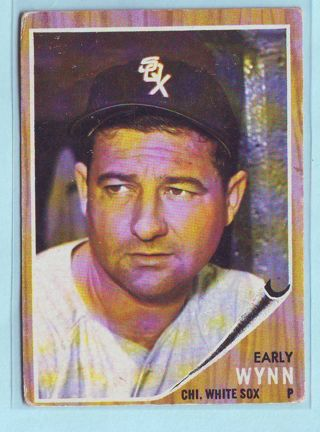 1962 Topps Early Wynn Baseball Card # 385 White Sox