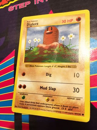 1 Diglett - 47/102 - Common (Shadowless) Base Set Shadowless Single Pokemon Card