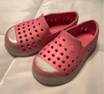 Toddler Girl's Shoes Size 7
