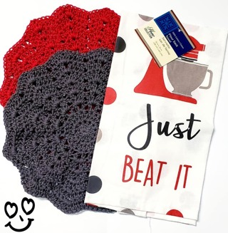 "Crochet 2 - 9"" Dish Cloth/Wash Cloths/1 EVERYDAY FLOUR SACK TOWEL"
